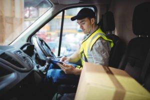 Cómo ahorrar dinero en transporte de empresa